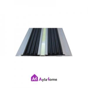 ترمز پله آلومینیومی دوبل تخت با رویه لاستیکی مشکی